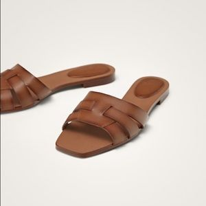 Massimo Dutti - Tan Leather Slides - Size 9